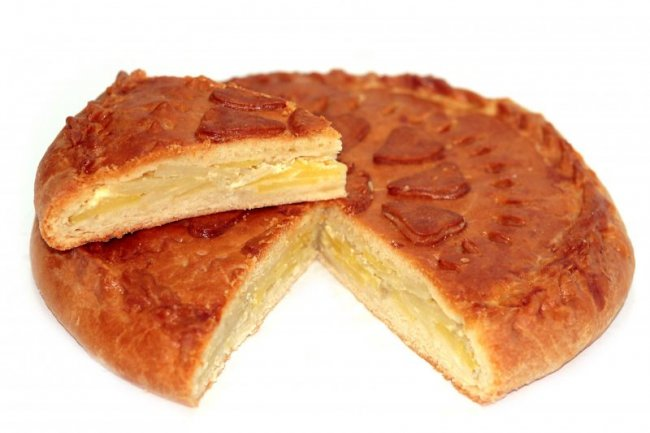 Пирог с картофелем в мультиварке