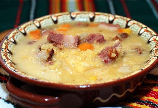Гороховый суп с бараниной в мультиварке